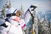バック グラウンドでアルペン スキー山脈 — ストック写真
