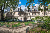 The State Museum of the Middle Ages - Cluny thermal baths and a — Stock Photo