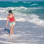 Beautiful girl on the beach — Stock Photo