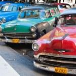 coches antiguos de la Habana vieja — Foto de Stock