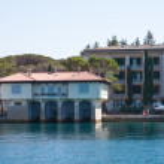 House on the Embankment. Big Brijuni. Croatia — Stock Photo #22824900