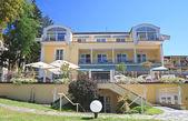 Hotel. Resort Portschach am Worthersee . Austria — Stock Photo