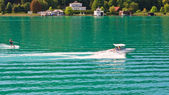 Water skiing on Lake Worth (Worthersee). Austria — Stock fotografie