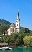 Resort Maria Worth. Church of St. Primus and Felician. Austria — Stock Photo