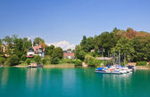 Resort Krumpendorf am Worthersee and Lake Worth . Austria — Zdjęcie stockowe
