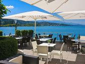 Restaurant on the coast.Resort Portschach am Worthersee. Austria — Foto Stock