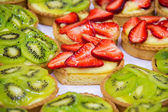 Dessert with fresh fruit. — Stock Photo