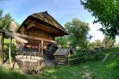 Eski ahşap ev — Stok fotoğraf
