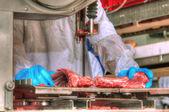 Jedzenie wieprzowiny przetwórstwa mięsa — Zdjęcie stockowe