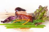 Pato sabroso asado con especias — Foto de Stock