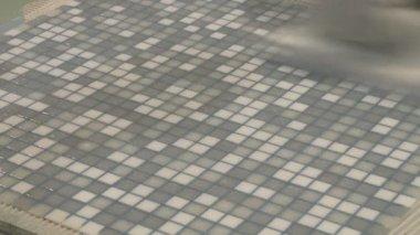 Laying mosaic tiles — Stock Video