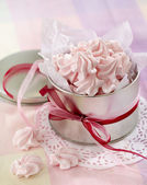 Pink meringue cookies — Stock Photo