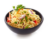 Bowl of chinese noodles with vegetables — Stock fotografie