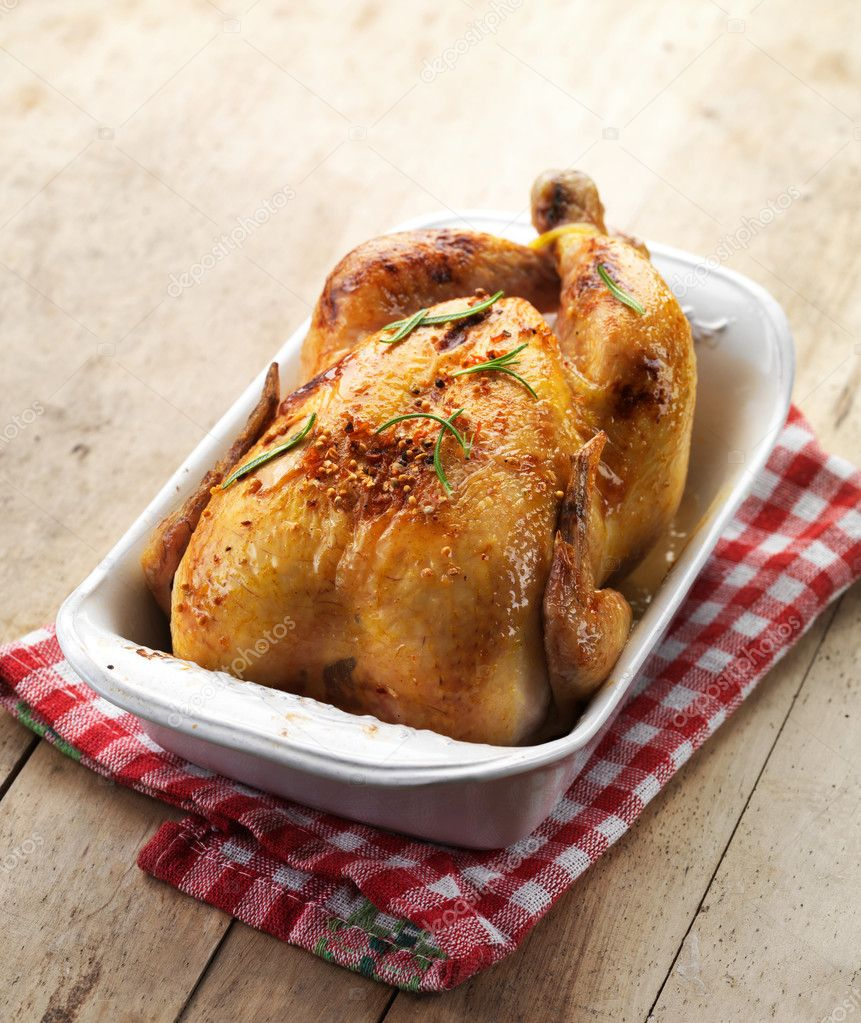 Download - Roast chicken — Stock Image #33047409