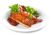 Grilled salmon fillet and vegetable salad — Foto de Stock