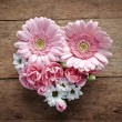 Pink and white flowers heart — Stock Photo