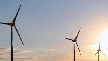 Wind generators at sunset — Stock Video