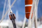 Running rigging gear ship tackles — Stock Photo