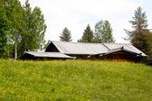 Dřevěný dům — Stock fotografie