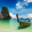 Long tail boat on beach, Thailand — Стоковое фото #13336097
