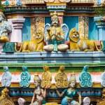 Sculptures on Hindu temple gopura (tower) — Stock Photo