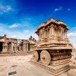 Stone chariot in Vittala temple. Hampi, Karnataka, India — Stock Photo