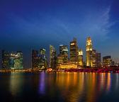 Singapore skyline in evening — Stock Photo