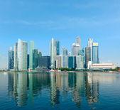 Skyline van de moderne stad — Stockfoto