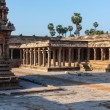 Airavatesvara Temple, Darasuram — Stock Photo #25475665