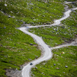 Serpentine road in Himalayas mountains — Foto Stock