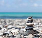 Zen ausgewogene steine stack — Stockfoto