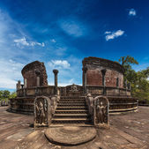 Ancient Vatadage (Buddhist stupa) — Stockfoto