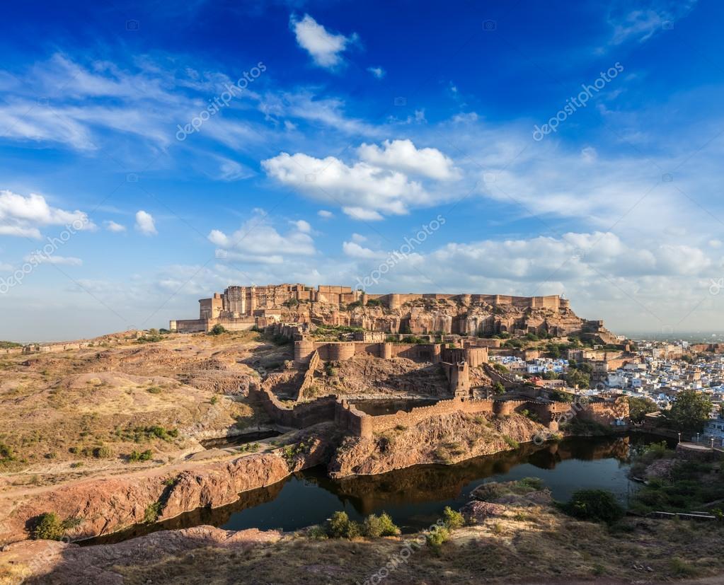 Výsledok vyhľadávania obrázkov pre dopyt Pevnosť Mehrangarh
