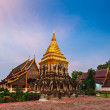 Wat Chedi Luang. Chiang Mai, Thailand — Stock Photo #34472623