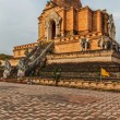 Wat Chedi Luang. Chiang Mai, Thailand — Stock Photo #34473311