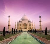 Taj Mahal on sunset, Agra, India — Stock Photo