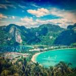 Green tropical island — Stock Photo