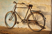 Old Indian bicycle in the street — Stock Photo
