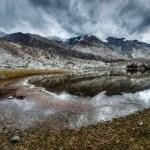 Mountain lake Lohan Tso in Himalayas — Stock Photo #44921495