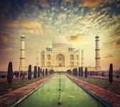 Taj Mahal on sunrise sunset, Agra, India — Stock Photo
