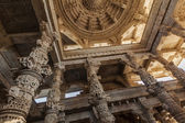 Ceiling in Ranakpur temple, Rajasthan  — Stock Photo