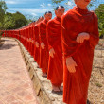 500 statues of Buddhist monks (Arahants) in Nellikulama Temple — Stock Photo