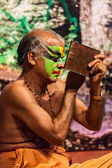 Unidentified Kathakali exponent preparing for performance — Stock Photo