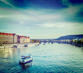 Tourist boats on Vltava river in Prague — Foto de Stock