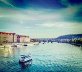 Tourist boats on Vltava river in Prague — Стоковое фото