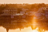 Sacred Puskhar lake (Sagar) and ghats of  town Pushkar — Stock Photo