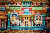 Sculptures on Hindu temple tower — Stock Photo