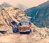 Manali-Leh road in Indian Himalayas — 图库照片
