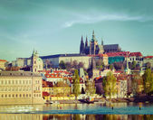 View of Mala Strana and Prague castle — Foto de Stock