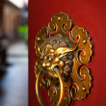 Doorknob of the Buddhist temple — Stock Photo #9778207